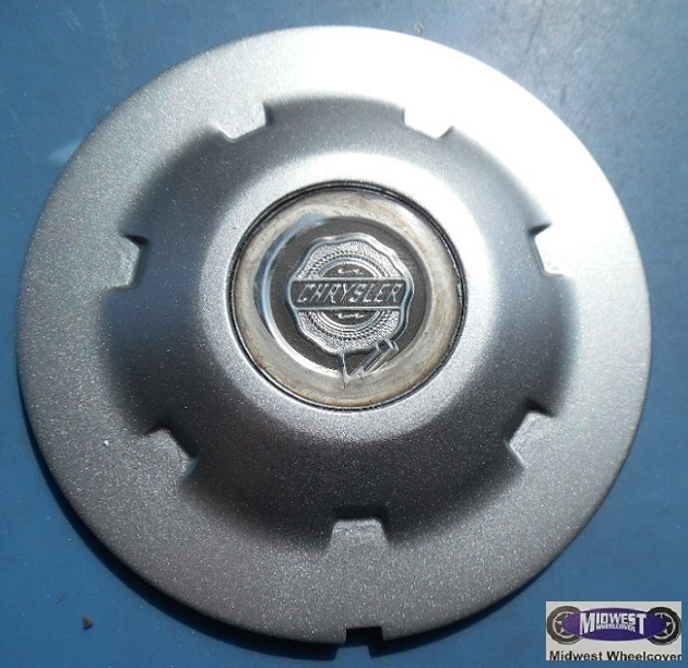 2229 2230 Center Cap Used 04 07 Chrysler Crossfire
