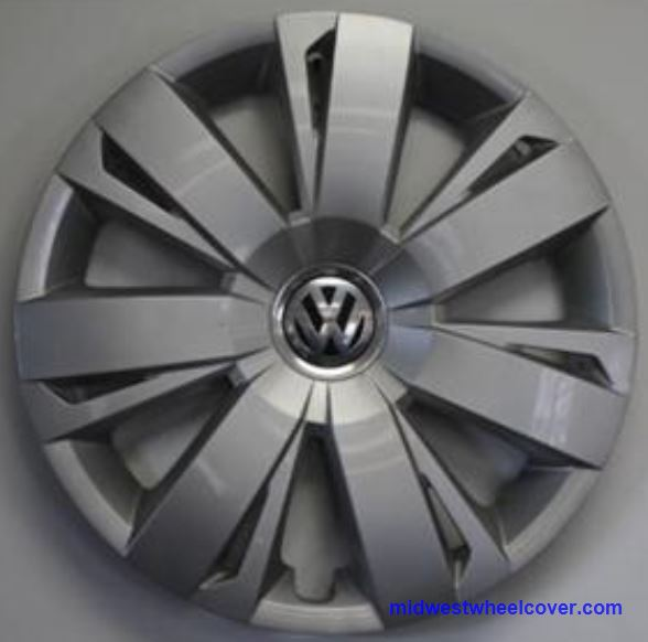 hubcap    vw jetta silver  double spoke  small  large recessed