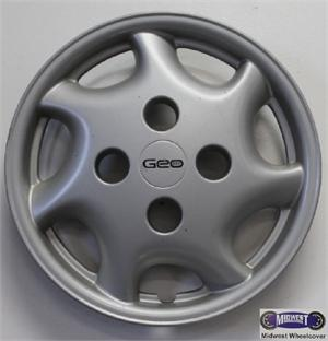 3217 Hubcaps Used 13 95 97 Geo Metro 7 Slot Type Logo In Center Note 5112 Is The Same But Emblem